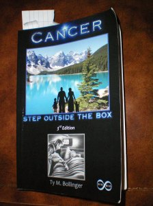 Book-Cancer-StepOutsideTheBoxTyBollinger